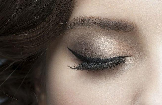 machiaj eyeliner